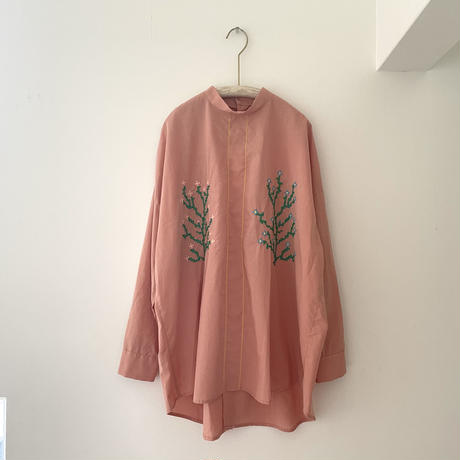 osakentaro  クロスステッチのシャツ サーモンピンク