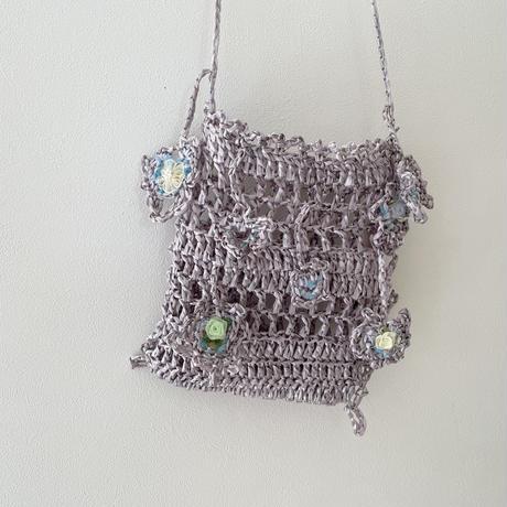 手編みのポシェット