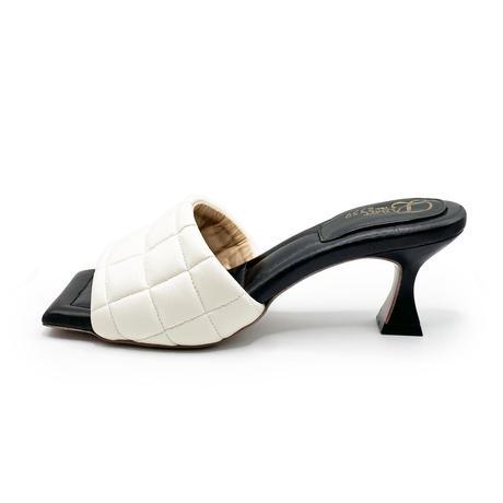 スクエアトゥキルティングミュールサンダル/Square to quilted mule sandals L0227(IVORY)