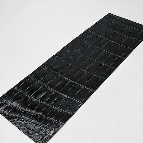 ワニ革・クロコダイル【33×11cm】黒/ツヤ強/Bランク/w0685