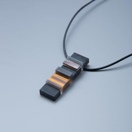 MUKU layer pendant