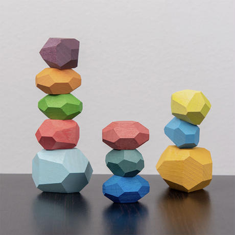 Tumi Ishi Wooden Rock Balancing Toy (11 pieces)