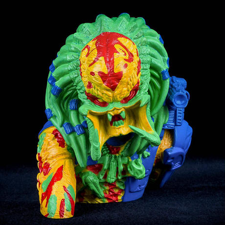 Predator Thermal Unmasked Bust Bank