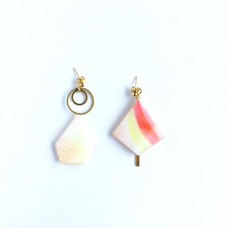色ガラスと真鍮のピアス/イヤリング Glass and Brass earrings
