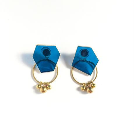 色ガラスと真鍮のピアス Glass and Brass earrings