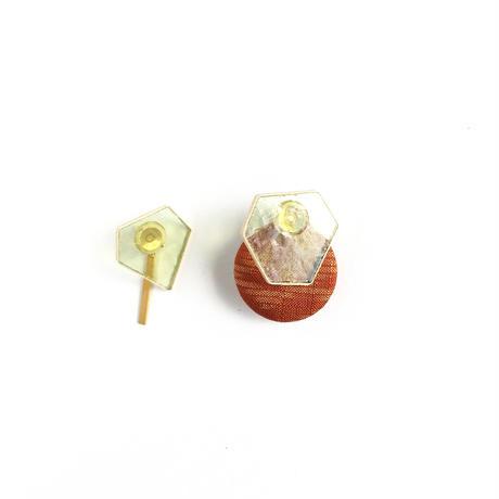 色ガラスと真鍮とくるみボタンのピアス Glass and Brass and Button earrings