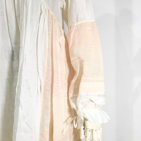 injiri-袖シャーリングドレス/ ホワイトベース/E2337