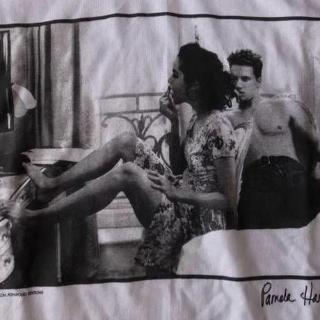 パメラ・ハンソン オールド・Pamela Hanson・フォト・Tシャツ サイズ・L -317
