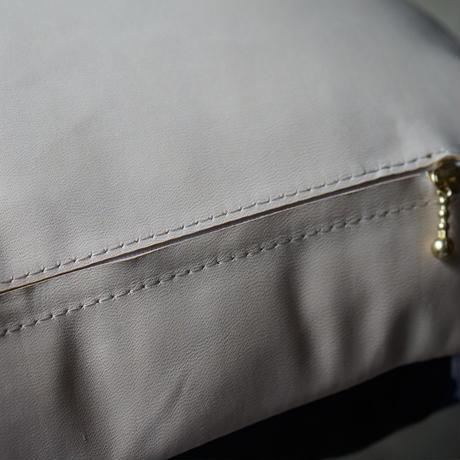 Shibori-Leatherクッションふわふわ質感
