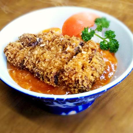 【居酒屋小次郎】[宅配]カツ丼(牛肉)
