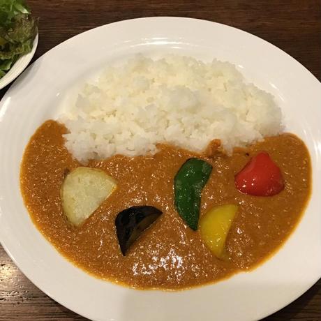 【炭火焼ジュジュアン】鳥取鹿野地鶏特製カレー