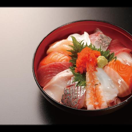 【炉端かば鳥取駅前店】名物海鮮丼