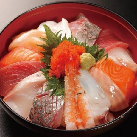 【炉端かば鳥取駅前店】贅沢海鮮丼