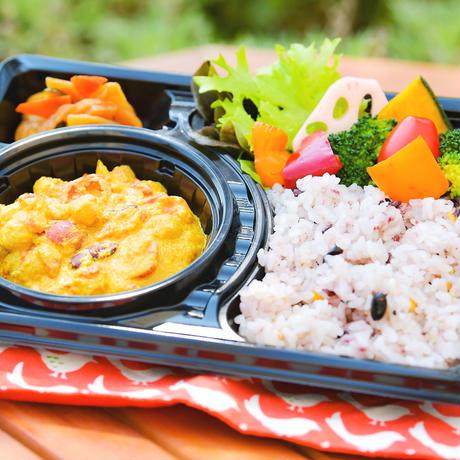 【砂丘の家 レイガーデンカフェ】栄養士監修 ひよこ豆と旬野菜のカレー