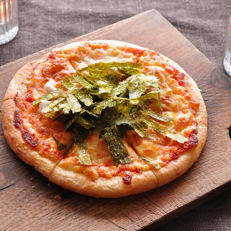 【cafe SOURCE】明太子とお餅のピザ