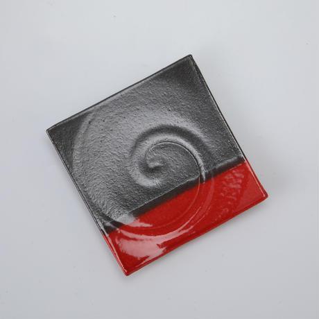 赤黒 正角皿 5号