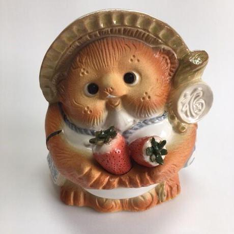 信楽焼 オリジナルイチゴ持ち狸