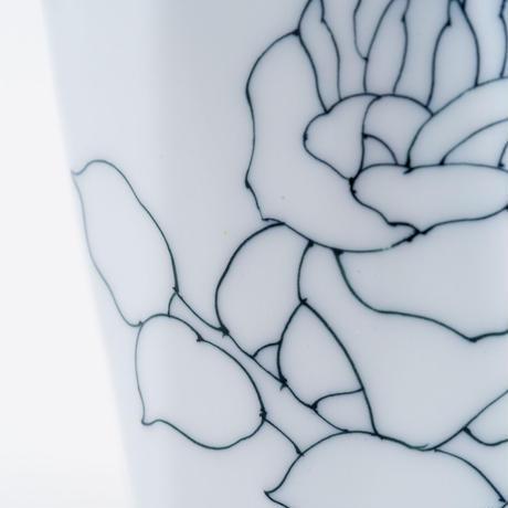 線描十角マグカップ 薔薇文
