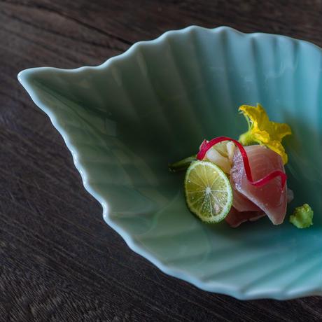【鍋島虎仙窯】青磁芭蕉皿