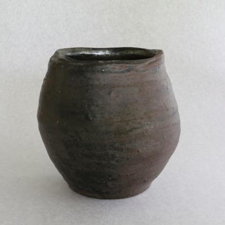 鉄彩壺 13