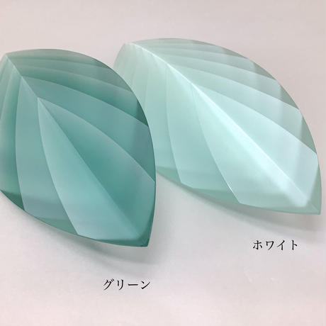 「Layer of Light -Leaf-」 小島 有香子
