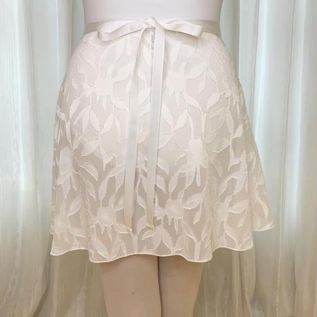 【sylphynes】カットジャガード フラワーリーフラップスカート 38cm丈 ホワイト<20121>