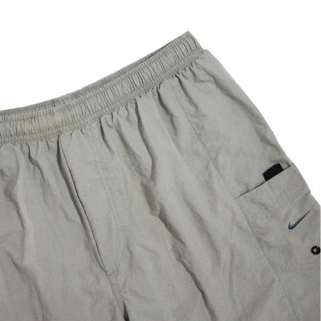 【USED】NIKE RIPSTOP NYLON SHORTS