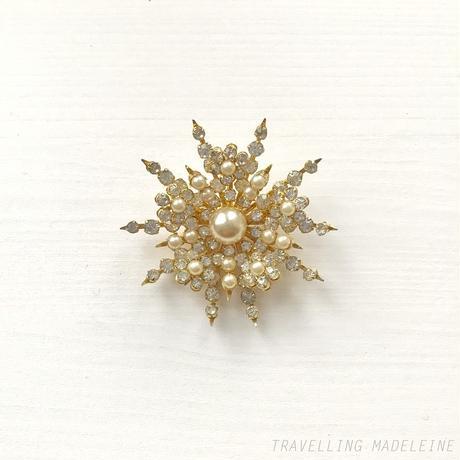 CORO VINTAGE Rhinestone & Pearl Snowflake Brooch ラインストーン&パール 雪の結晶 ブローチ(W18-317B)