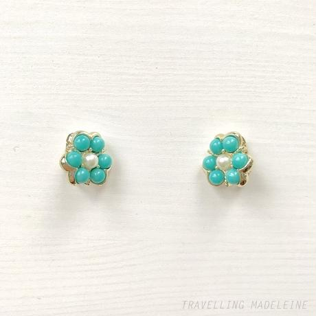 SARAH COVENTRY  1960's Turquoise & Pearl Flower Clip Earrings ルーサイトターコイズ&パール フラワー クリップイヤリング(W18-78E)