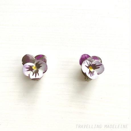 1950's Bone China Violet Clip Earrings ボーンチャイナ スミレ クリップイヤリング(Su18-355E)