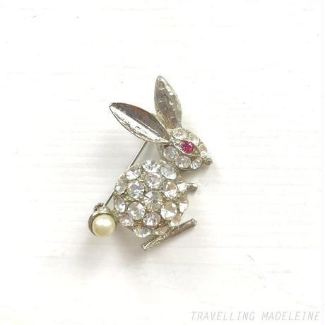 1950's Rhinestones & Pearl Rabbit Brooch ラインストーン&パール うさぎ ブローチ(Su19-200B)