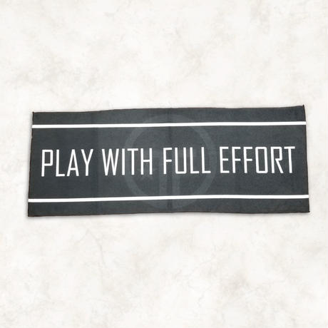 PLAY with FULL EFFORT タオル(ブラック)