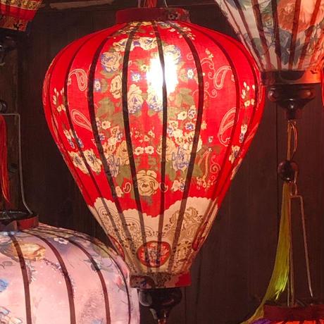 ベトナムランタン ほおずき形 Lサイズ 赤色【小花とレース柄】