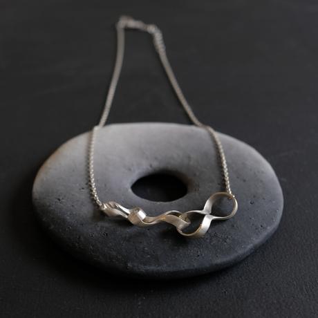 Black moor (S) 3 twist Silver Necklace