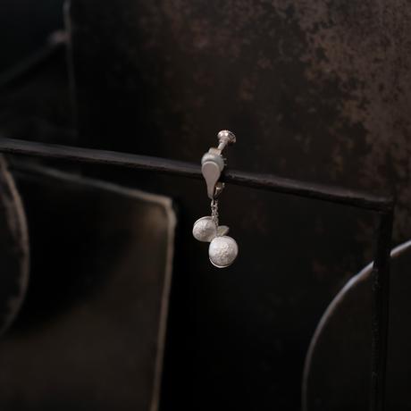 ヤマノイモのタネ S earing (片耳)