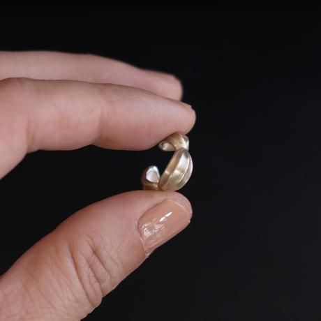 アサツキのつぼみ S silver earcuff