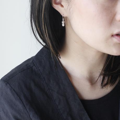 フタバアオイ silver pierce (淡水パール)
