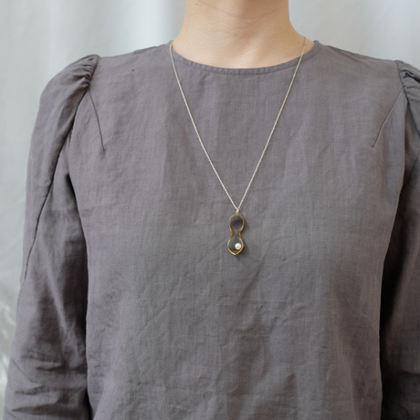 black moor (M) brass necklace -pearl-