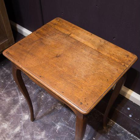 フランスブロカントスリムなネコ足テーブル(引き出し付き)