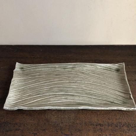 灰釉  箆草文長角皿