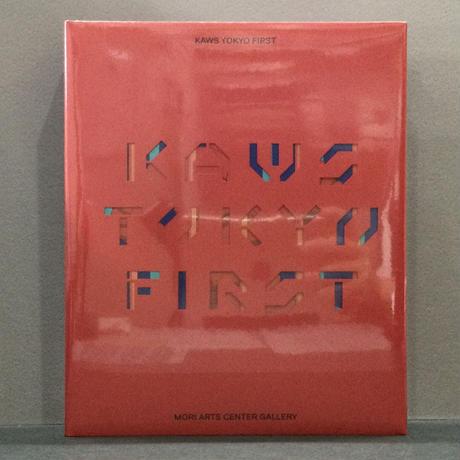 「KAWS TOKYO FIRST」