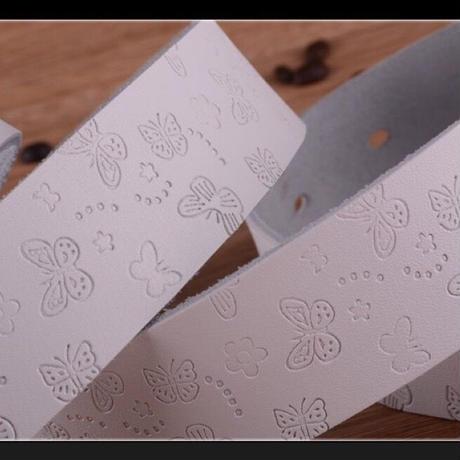 Civi  レディースベルト 太いタイプの本皮ベルト 4バリエーション 愛らしい蝶のお模様のタイプ