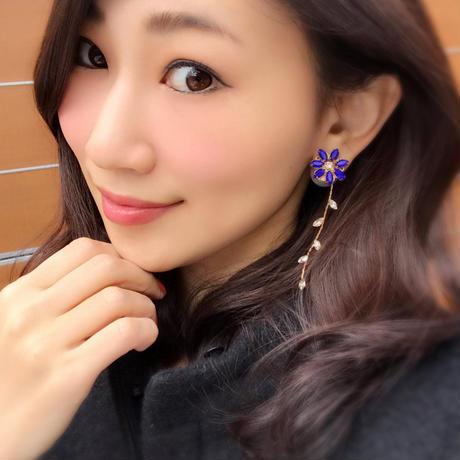 カメレオンフラワーピアス☆花びらを変えて楽しめる☆