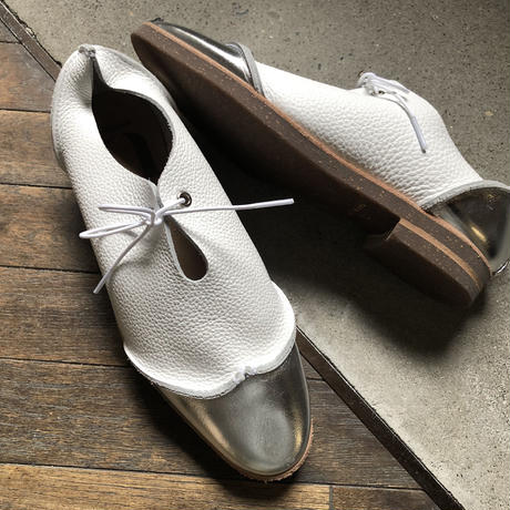 【U-712-35】WING TIP SHOES ( FOILED SILVER / SHRINK WHITE )
