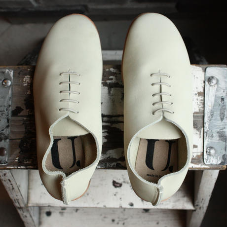【OUTLET】SHOES SMOOTH BEIGE (SIZE 3)