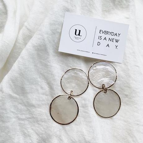 gold shell oval pierce・earring