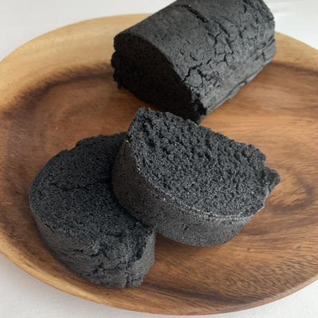 <グルテンフリー・ノンイースト>竹炭パン(8㎝×12㎝×6cm)