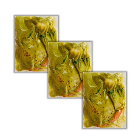 ほうれん草のグリーンカレーハンバーグ  ×3パック