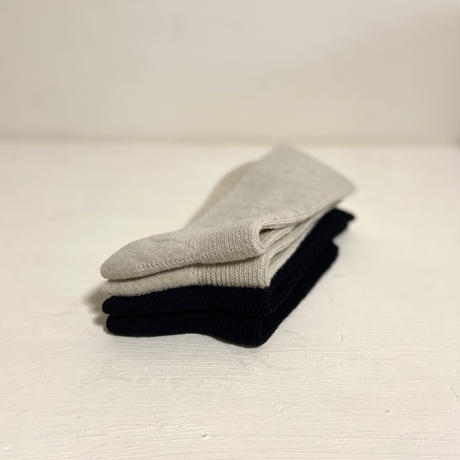 日本製   北海道ウール くつ下 黒