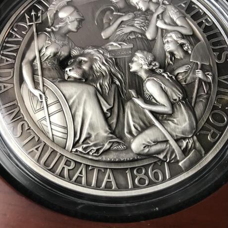 アンティーク版 カナダのウナとライオン 10オンス シルバーメダル 銀 2017 建国150周年記念 1867年コンフェデレーション 専用ケースありCANADA Una Lion